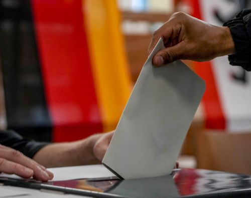 Άρθρο του κου Χ. Τσαρδανίδη σχετικά με τις κοινοβουλευτικές εκλογές στην Γερμανία.